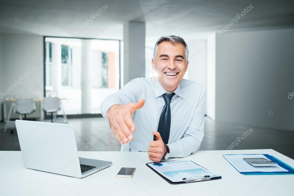 finra licensed financial adviser - HD2000×1335
