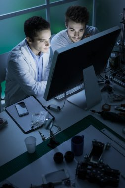 Engineering students in the lab