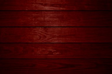 5 red wooden planks