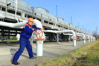 Worker opening valve