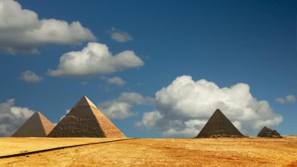 Egypt panorama pyramid with high resolution Cairo