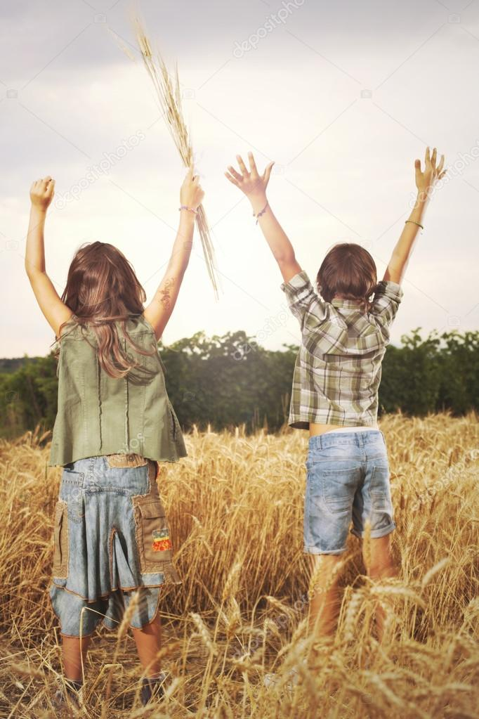 Friends celebrate nature and their freedom