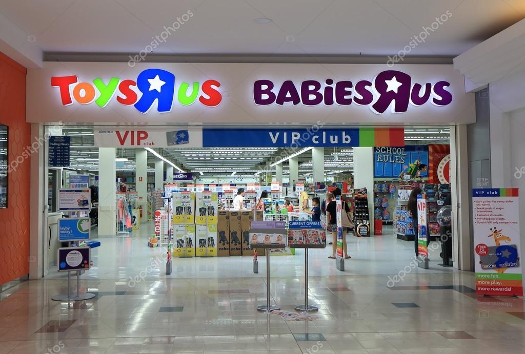 17367275a79 Toysrus retail store – Stock Editorial Photo © TKKurikawa  95447352