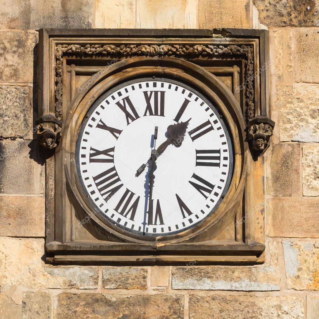 Foto Josefkrcil64533087 © De Stock — Reloj Histórico 35qjc4ARL