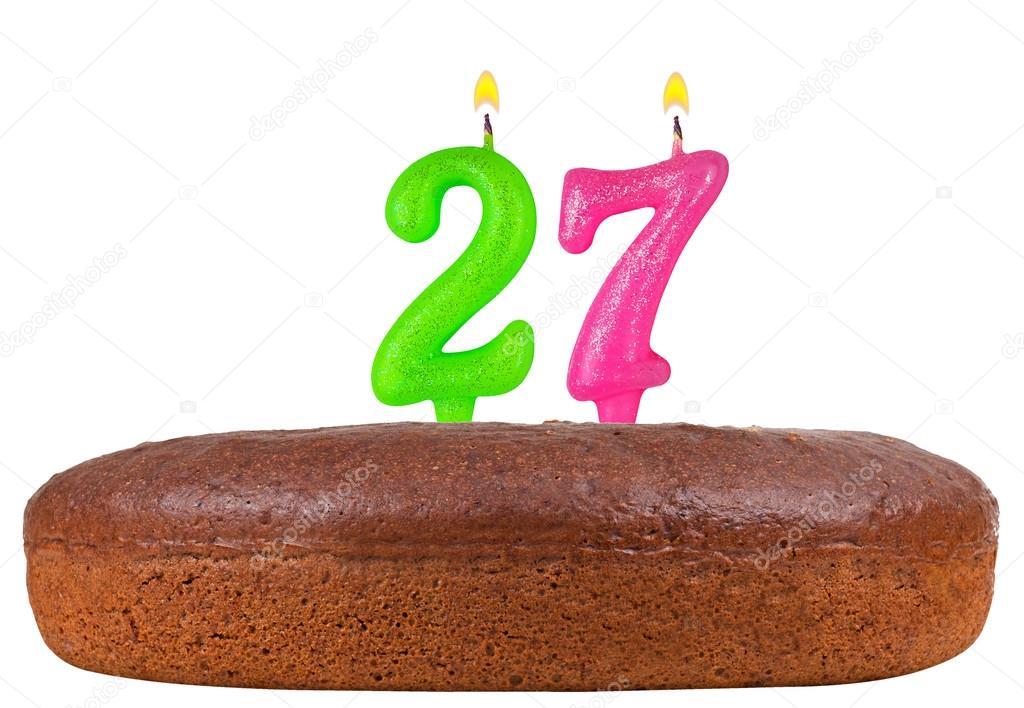 27 születésnapi köszöntő születésnapi torta gyertyák száma 27 elszigetelt — Stock Fotó  27 születésnapi köszöntő