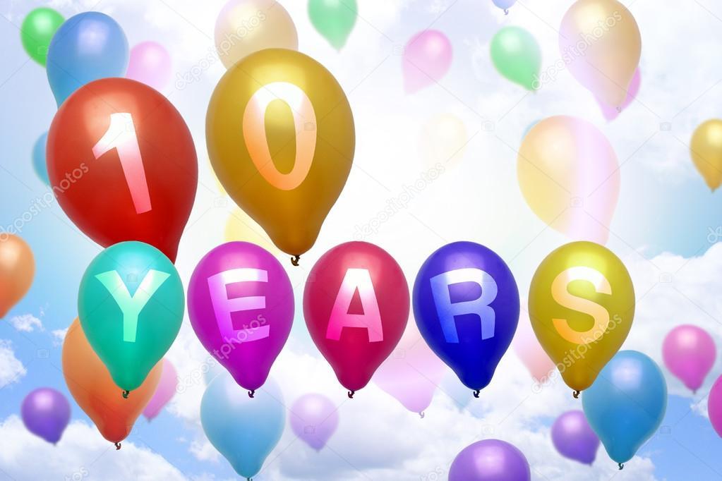 grattis 10 år 10 år Grattis ballong färgglada ballonger — Stockfotografi  grattis 10 år