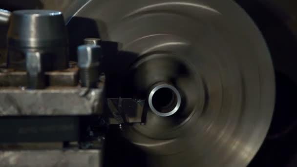 Frézky kovové trubice