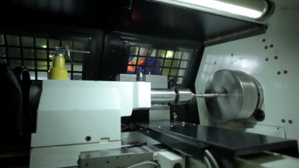 Metal Works průmyslové soustruh s přesností