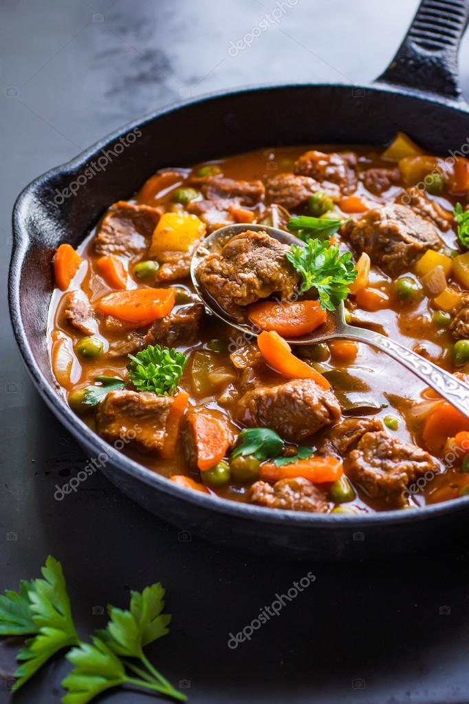 stoofpotje rundvlees met groenten