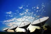 Satelitní antény pro telekomunikace
