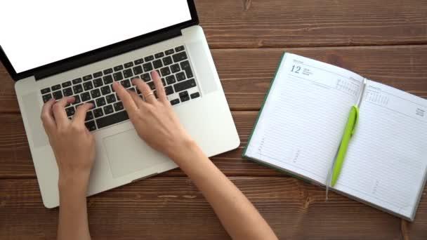Működő-ra laptop fa íróasztal