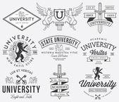 Fotografie Vysoké školy a univerzitní odznaky černé na bílém