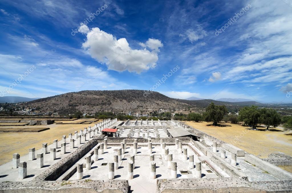 古代トルテカ文明の遺跡 — スト...