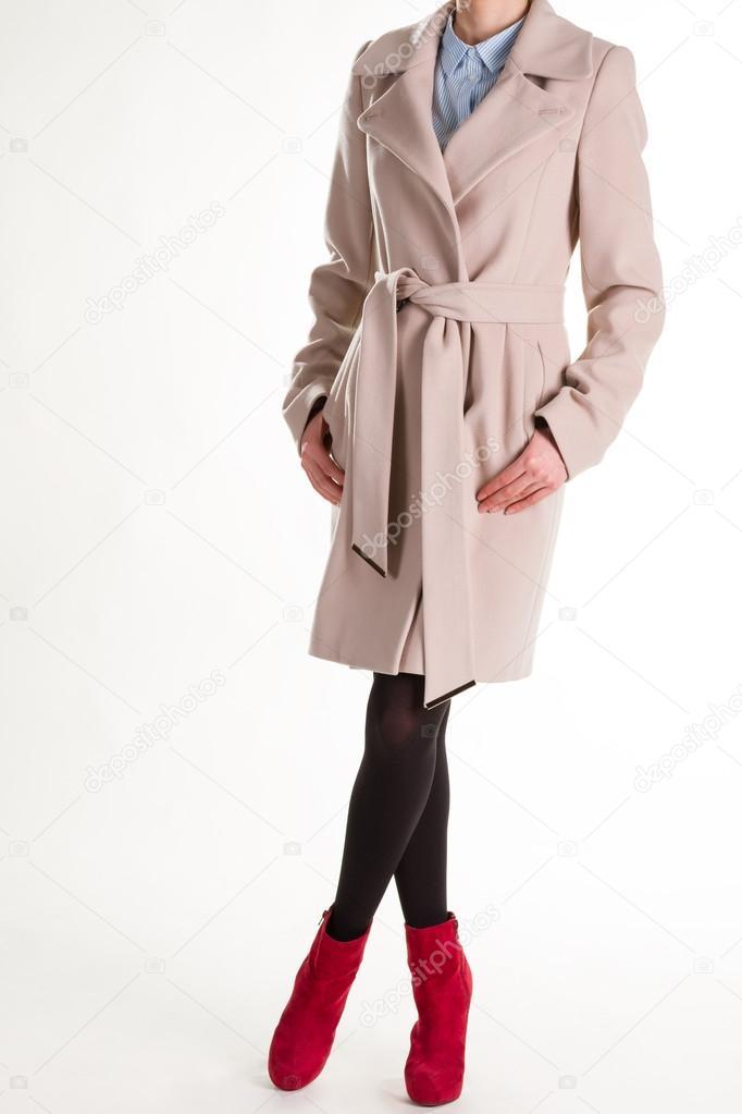 5576d71c955c Γυναικεία μοντέρνα ρούχα — Φωτογραφία Αρχείου © margostock  103094768