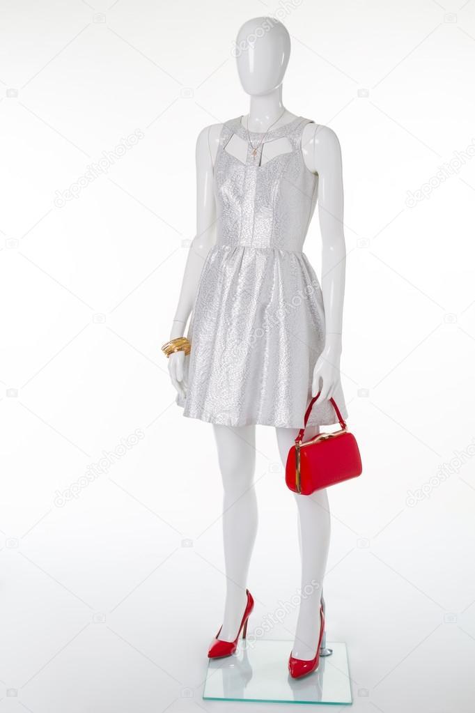 Vestidos de fiesta blanco con plateado