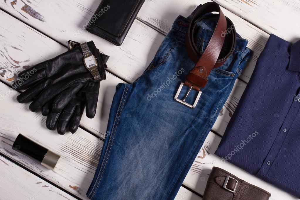 1a69d572a08 Επώνυμα ρούχα και αξεσουάρ — Φωτογραφία Αρχείου © margostock #90768464