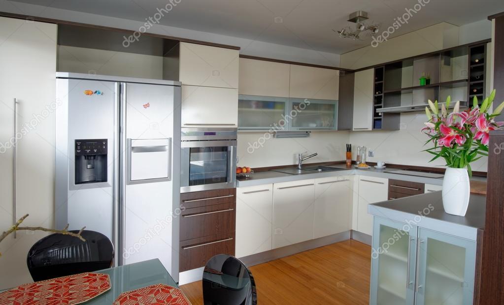Інтер єр стильні кухні — Стокове фото — білий © vision.si  57239201 5f7244293beac