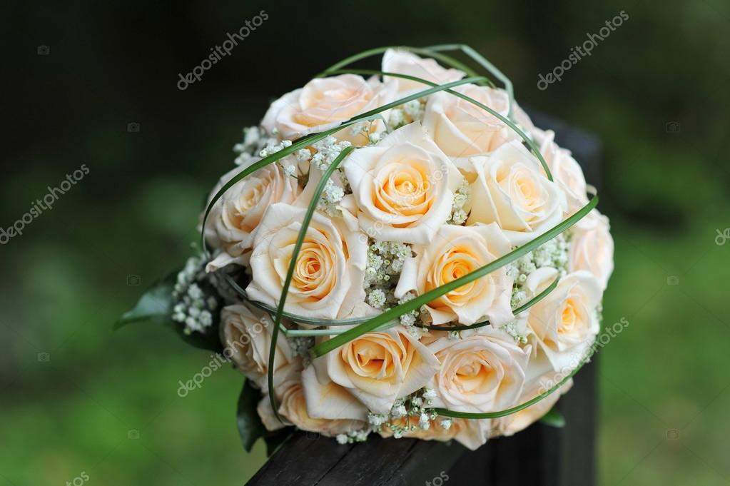Moderne Hochzeitsstrauss Stockfoto C Vision Si 57239429