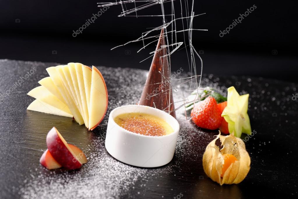 haute cuisine dessert stockfoto 61539471. Black Bedroom Furniture Sets. Home Design Ideas