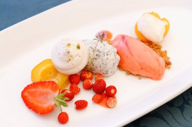 Fine dining dessert, Strawberry ice cream, poppy seed mousse
