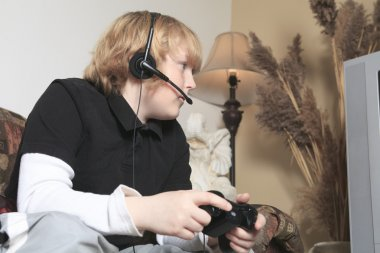 A teen with video game addiction problem