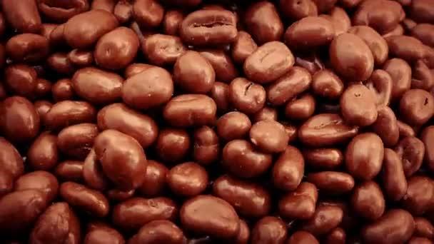 Lití čokoláda arašídy