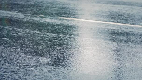 Closeup aut v dešti
