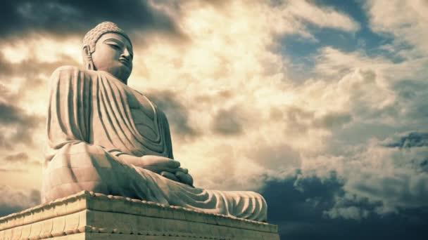 Socha Buddhy, epické Sky Timelapse