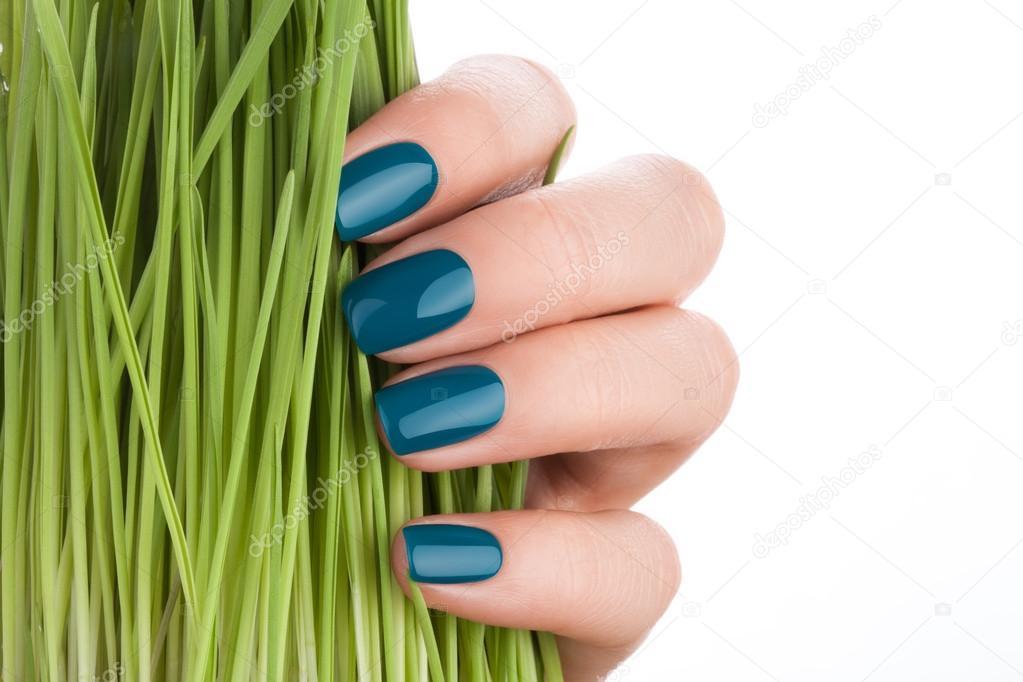 Uñas verdes bonitas y aseadas — Foto de stock © SergeyTay #92560700