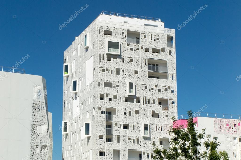 Edifici residenziali moderni facciata di nuovo for Piani di costruzione di edifici residenziali in metallo