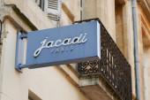 Bordeaux, Aquitaine France - 11 21 2020: Jacadi Paris Geschäft mit Logo und Textzeichen des Bekleidungsgeschäfts für Kinder