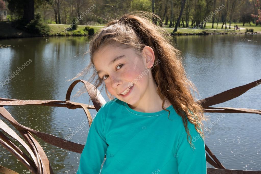 Mädchen 10 Jahre Alt Stockfoto Sylv1rob1 70407079