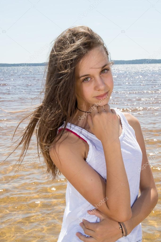 Beach - Hot Naked Girls