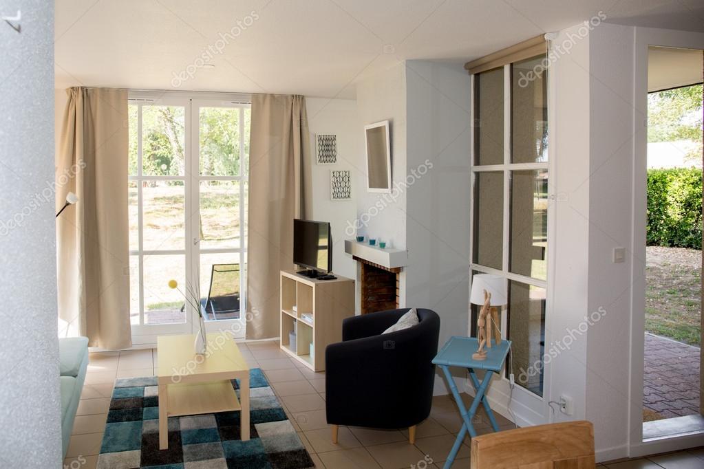 Witte mooie interieur van het huis u2014 stockfoto © sylv1rob1 #77391788