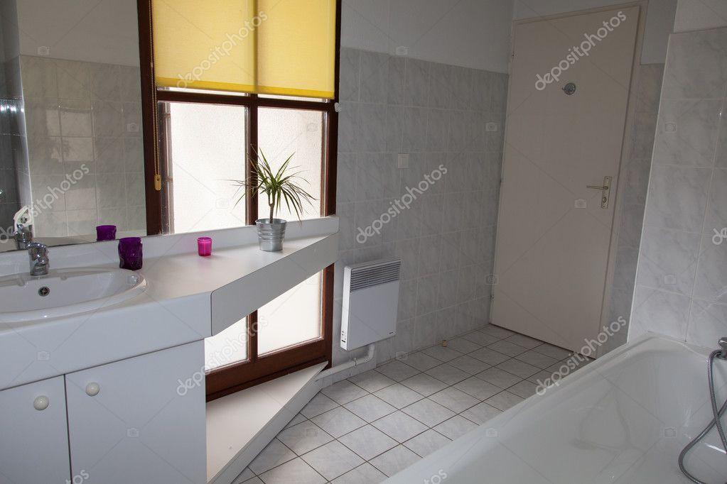 Très belle salle de bain belle — Photographie OceanProd ...