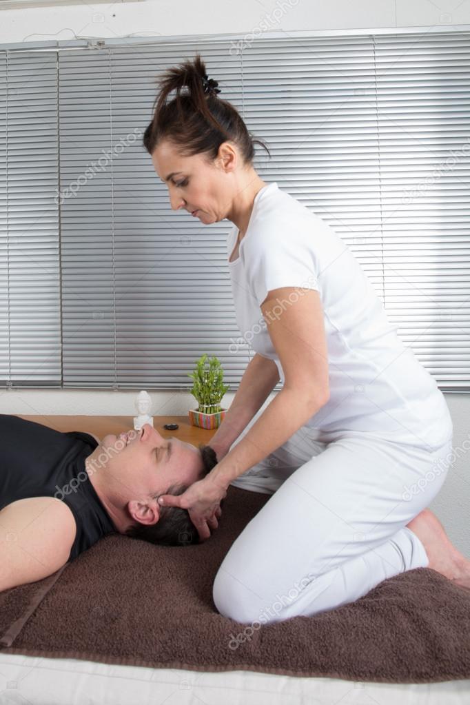 Длинный самотык девчонки делают массаж мастурбация