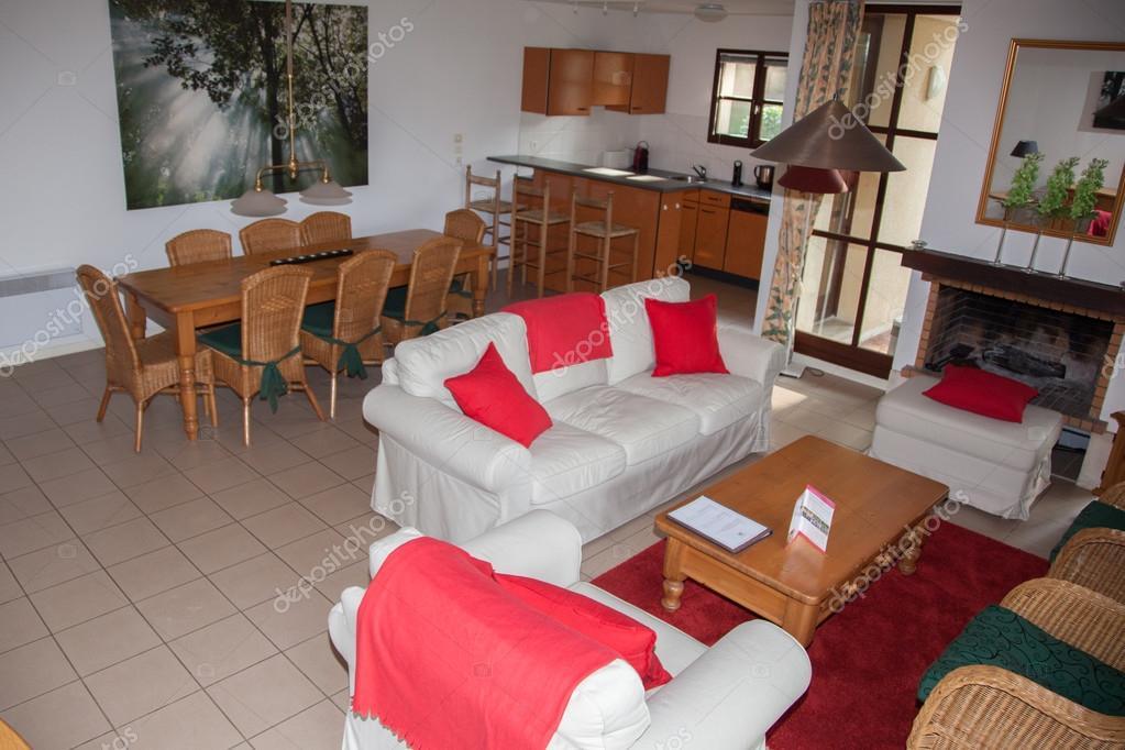 Modern nappali, étkező és konyha — Stock Fotó © sylv1rob1 #94956942