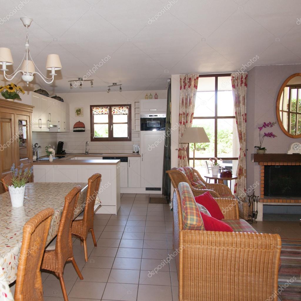 Nowoczesny Salon Z Jadalnią I Kuchnią Zdjęcie Stockowe Sylv1rob1