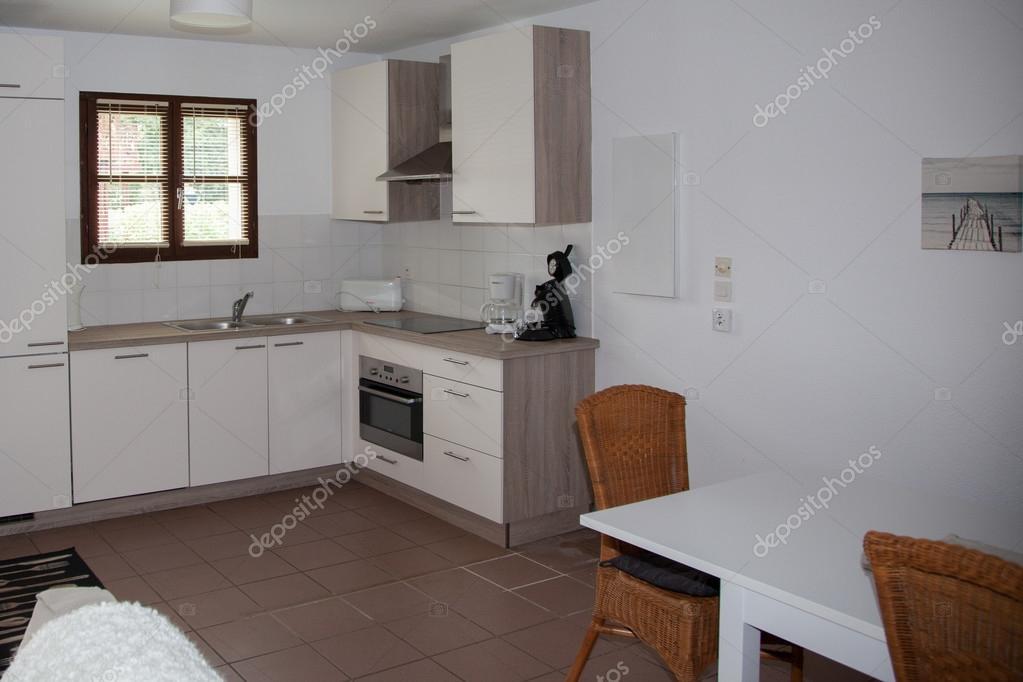 Neue, Moderne Küche Mit Edelstahl Geräten U2014 Foto Von Sylv1rob1