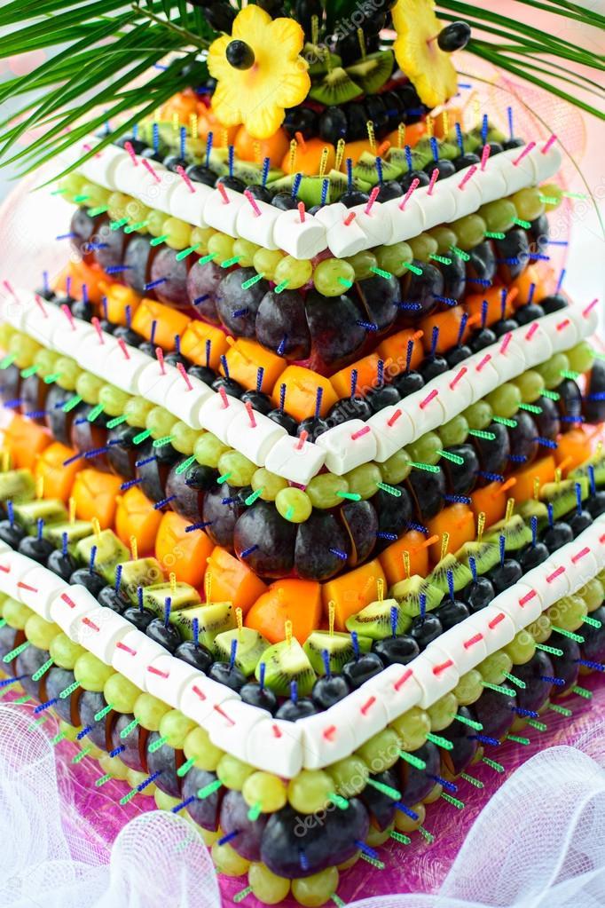 писали письма, пирамида из фруктов фото целые фрукты рядом