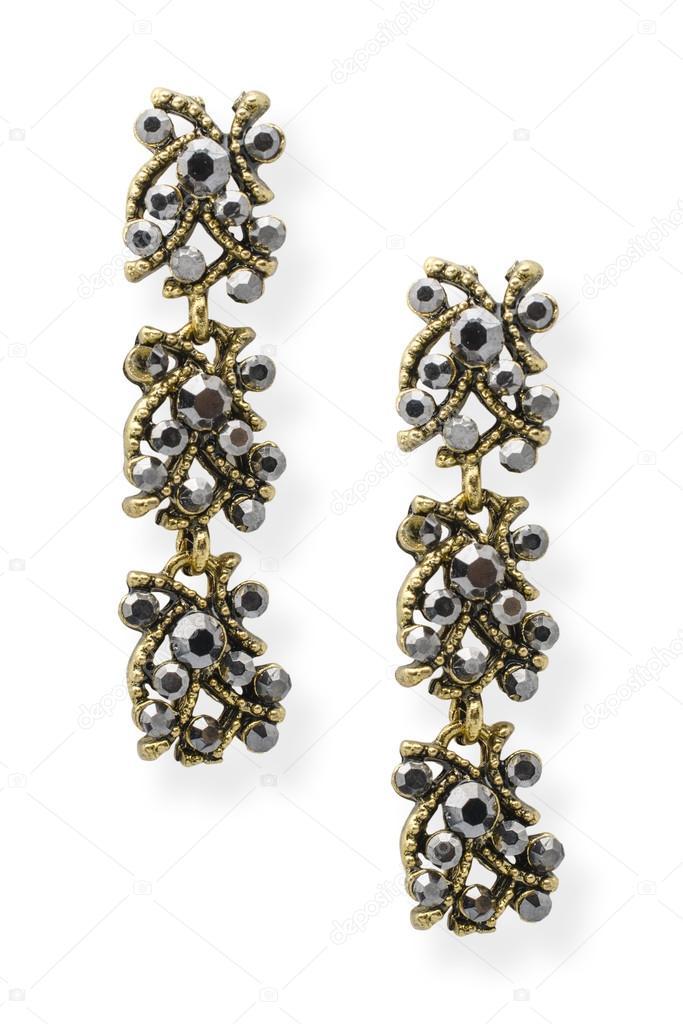 zlaté náušnice s onyx izolovaných na bílém — Stock Fotografie ... 28555db0b33