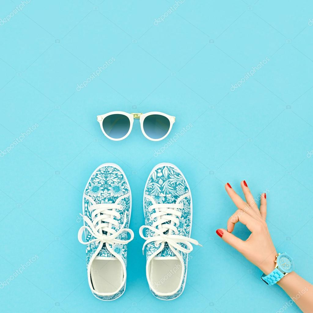 Fashion Accessories Set. Outfit.OK Gesture.Minimal — Stock Photo ...