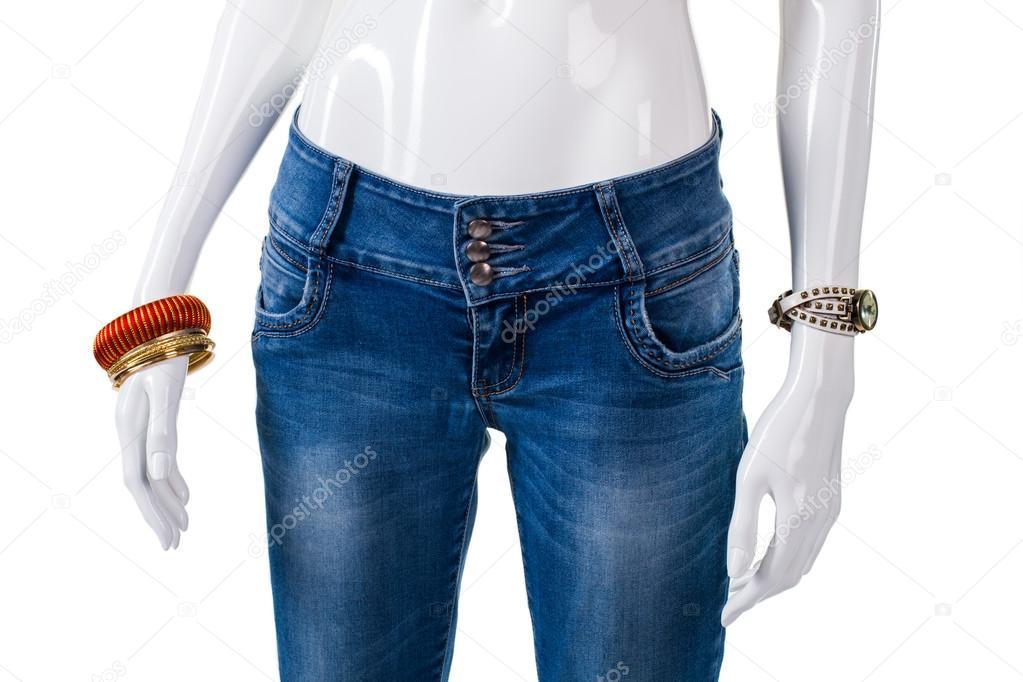 Телочка в джинсах в обтяжку южанка вероничка