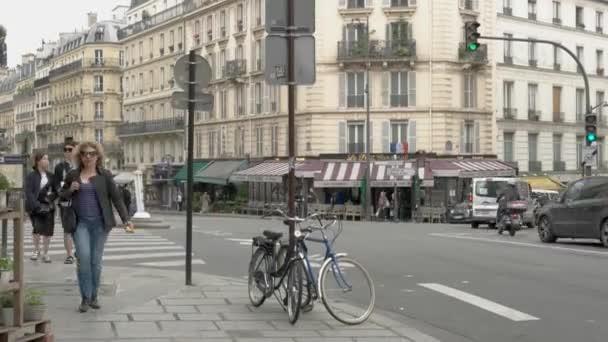 Rychloposuvem na ulici