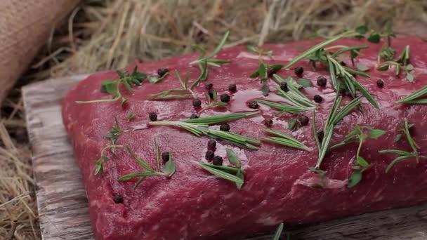 Syrové hovězí maso