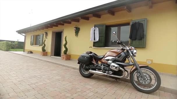 Strmé motocyklu