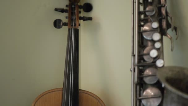 Violin and saxophone.