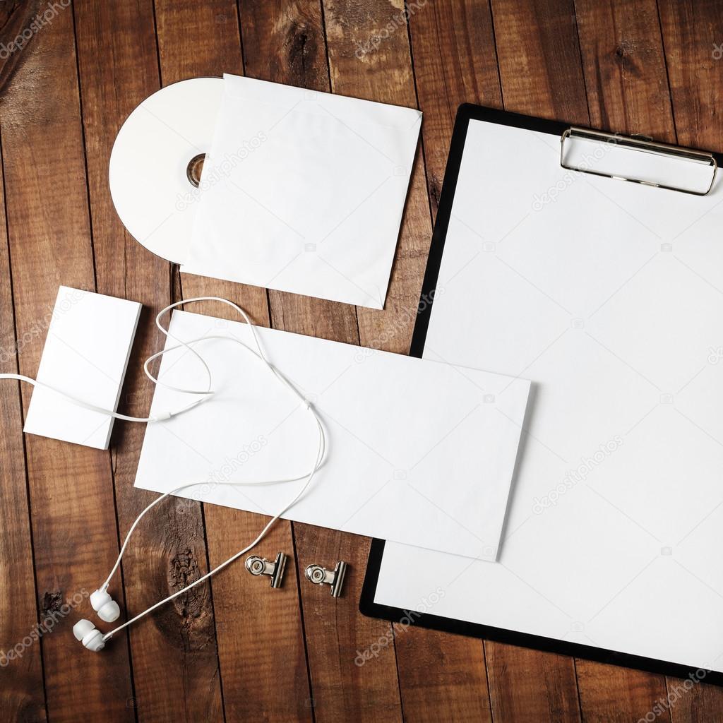 Plantilla en blanco para Id — Fotos de Stock © Veresovich #115012410