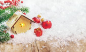 Vánoční výzdoba, novoroční sněhový dům. Selektivní soustředění. Dovolená.