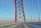 Velká obloukový most v chladných zimních